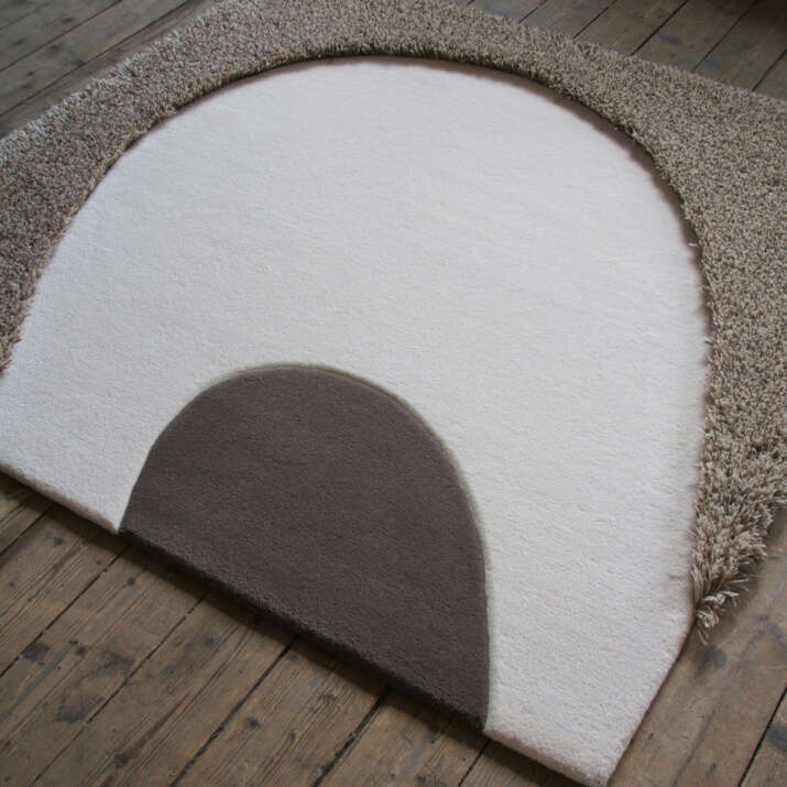 Hand Tufted 'Louise Rumble 1' Rug