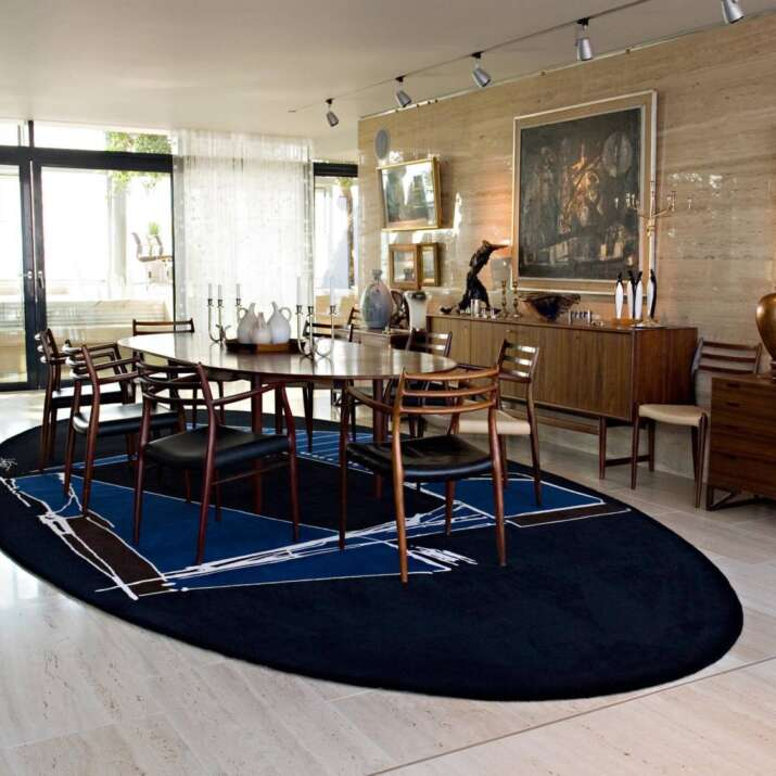 Oval Hand Tufted Dining Room Rug